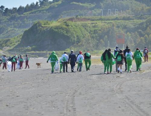 Día Internacional de Limpieza de Playas en Coronel